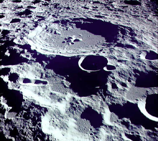 Picture of the moons crater lick